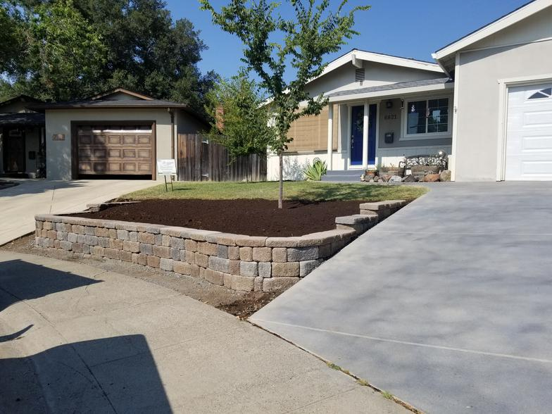 Saunders Landscaping Construction